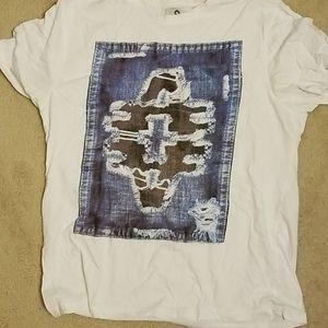Akademiks t shirt